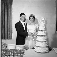 This comes from the Lantis wedding, which took place some time in the 1950s.