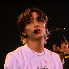 """""""haechan mullet hair enthusiasts raise your hands 🙌 📷 credit. Nct 127, Foto Gif, Twitter Icon, Mullets, Cute Icons, Kpop Aesthetic, Kpop Boy, Taeyong, People"""