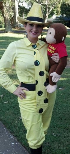 Book Character Day - Man in the Yellow Hat - Curious George Costumes For Work, Book Day Costumes, Book Week Costume, Creative Costumes, Costume Ideas, Book Characters Dress Up, Character Dress Up, Character Outfits, Storybook Character Costumes