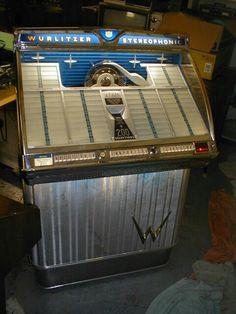 Wurlitzer Model Stereophonic