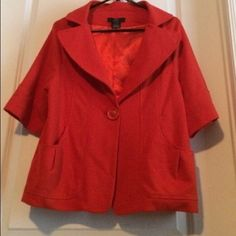 *hp* POPPY Day/Eve Demi- Jacket Demi- Sleeves show off your gloves and jewelry!!! Fab!❤a stunner . pockets, perfect condition.; I can't capture the tailoring in pics, widely tailored sleeves hit just below elbow, one button wonder.... The inside is lined with a shimmering polyester. An office to uptown to evening. Tag says Large would fit a small to XL, per a bit of give in the material, see pic 3. OFFER;-) Luii Jackets & Coats Blazers