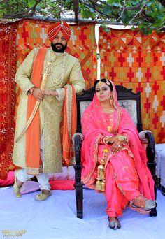 Couple Portrait by Kirandeep Photography Indian Wedding Ceremony, Desi Wedding, Wedding Suits, Wedding Bride, Marathi Wedding, Wedding Shoot, Punjabi Wedding Suit, Punjabi Bride, Indian Bridal Outfits
