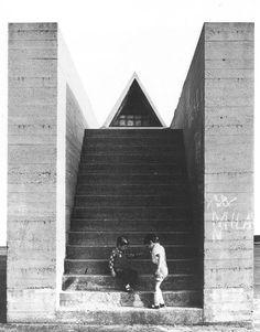 Piazza del Municipio e fontana monumentale, Segrate (Italy), Aldo Rossi, 1965
