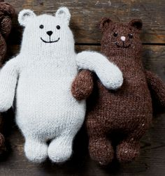Free Knitting Pattern for Otso Bear Toy - These adorable bears can be knit flat or in the round. Designed by Sophie Scott for Loop, London. Finished height: 28cm / 11in tall Scroll all the way down the page to get the patterns.