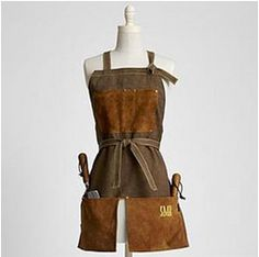 This suede apron is perfect for gardening in the spring. With pockets on the apron it brings beauty and usefulness together. # garden apron # suede garden apron # apron for garden use. Gardening Gifts For Mom, Garden Gifts, Gardening Apron, Organic Gardening, Flower Gardening, Hydroponic Gardening, Horse Grooming, Apron Designs, English Style