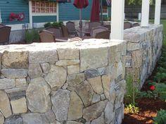 T-Bones Restaurant Terrace Stonewall Boston Blend Mosaic Thin Veneer by CV Masonry, New Ipswich,NH