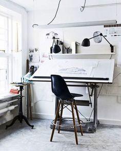Stylish Scandinavian Home Office 2014