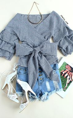 Love big bow. Love this cute chic style. Shein design.