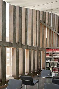 OKE, by arquitectura / Ortuella, Vizcaya, Spain Architecture Life, Architecture Details, Interior Architecture, Concrete Finishes, Luz Natural, Arched Windows, Learning Centers, Urban Design, Cool Designs