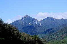 菰野町千草地区 御在所岳を望む  平成24年10月5日早朝撮影