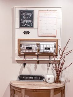 Command Center Kitchen, Family Command Center, Command Centers, Family Organization Wall, Family Organizer, Sticker Organization, Apartment Decorating Themes, Organizing Your Home, Home Hacks