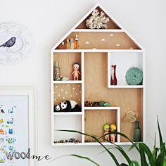"""Setzkasten """"Holzhaus"""" mit kleinen weißen Abteilungen fürs Kinderzimmer, Ideen für Chaos / storage idea for the nursery: wooden house for little things made by WoodMe via DaWanda.com"""