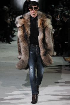 a Dsquared² | Fall 2015 Menswear Collection | Look 19