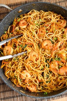 Slimming Eats - Slimming World Recipes Low Syn Sweet Chilli Prawns and Noodles | Slimming Eats - Slimming World Recipes