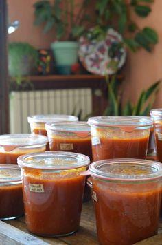 Les beaux jours se terminent doucement... et bientôt les tomates dans les supermarchés ressembleront à des étranges balles lisses, orangées et...