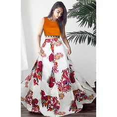 Bangalori Satin Lehenga Choli from Stf Store Lehenga Crop Top, Floral Lehenga, Lehenga Skirt, Lehenga Choli, Bollywood Designer Sarees, Bollywood Lehenga, Indian Silk Sarees, Indian Lehenga, Digital Print
