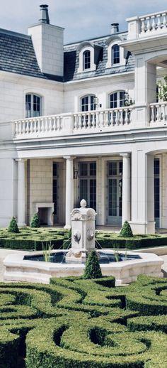 Greg Design, Green & White Landscaping, Formal Garden, French, Fountains