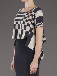 Decco Crochet in black in white squares. Love this artistic design. Crochetemoda