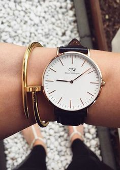 Classy Gold Clasp Bracelet #fashion #style #watches #gold #bracelets - 19,90  @happinessboutique.com