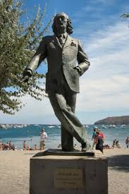This is a statue of Salvador Dali located in Cadauqes. Dali is one of the most prominent artists in European history, especially in regards to surrealism. Dali was also a very important figure in terms of politics and made a huge impact in political society.