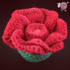 Lip Balm Crochet Rose - Dearest Debi Patterns