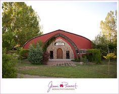Lone Hawk Farm Longmont Colorado wedding venue. www.jenniandbart.com