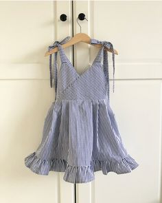 Frocks For Girls, Little Dresses, Little Girl Dresses, Little Girl Fashion, Kids Fashion, Baby Girl Dress Patterns, Toddler Dress, Kids Outfits, Sewing
