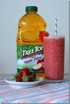 Apple Juice + Strawberries + Banana + Apples + Yogurt #drinkyourapples