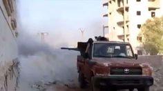 Puluhan pasukan rezim Asad tewas di Aleppo saat pejuang oposisi menggagalkan serangan  ALEPPO (Arrahmah.com) - Pejuang oposisi pada Rabu (21/9/2016) untuk hari kedua berturut-turut berhasil menggagalkan penyerbuan dan upaya pasukan rezim Asad untuk maju di daerah Pasar Semangka di sebelah barat Aleppo koresponden Orient News melaporkan.  Pasukan rezim Asad telah berusaha sejak Senin (19/9) untuk bergerak maju ke daerah Pasar Semangka tapi pejuang oposisi berhasil memukul mundur serangan…