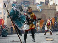 La fecha de celebración de las Fiestas de Moros y Cristianos obedece en El Campello, como no iba a ser de otro modo, a la historia pesquera del municipio.
