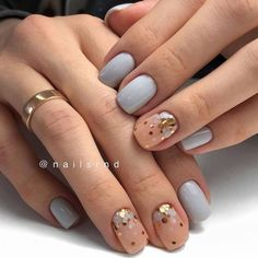 Nail art Christmas - the festive spirit on the nails. Over 70 creative ideas and tutorials - My Nails Perfect Nails, Gorgeous Nails, Love Nails, Pretty Nails, Minimalist Nails, Nagel Gel, Stylish Nails, Creative Nails, Nail Arts