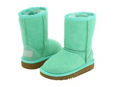 Mint uggs...want!!!!