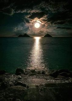 """""""Moon flirts with the Sea in the secrets of night 😲🙄 Nature love is Invisible 😍"""" Moon Photography, Landscape Photography, Moonlight Photography, Amazing Photography, Shoot The Moon, Beautiful Moon, Beautiful Images, Moon Art, Nature Wallpaper"""