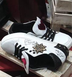 9 nejlepších obrázků z nástěnky Obuv - Scarpe - Shoes  53a658d5a9