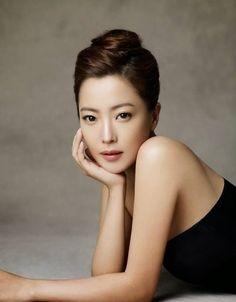 crème de la crème: Beauty, obsessed with Korean skin care routine, South Korean actress Kim Hee-sun.