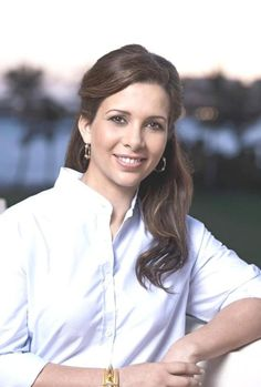Photo Marathon: Double Royals Princess Haya, daughter of King Hussein of Jordan & wife of Sheikh Mohammed of Dubai Princess Haya, Royal Princess, Jordan Royal Family, King Abdullah, Ex Wives, Royal House, Redheads, Beautiful People, Royals