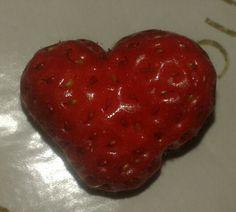 Szerelmes Eperke! Strawberry, Fruit, Food, The Fruit, Strawberry Fruit, Meals, Strawberries, Yemek, Eten