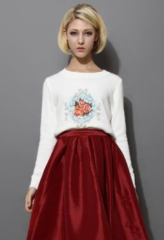 Baroque Pattern Embellished Knitted Top in White