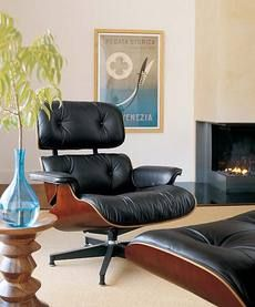Eames lounge and ottoman. (I have this same set my living room right now!)