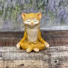 Meditating Cat, Mini Zen Garden, Cat Figurine, Yogi Decor, Miniature G…