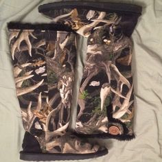 Muk Luks Camo Boots Comfy boots. Fuzzy and soft on the inside. Have hard bottoms. Legendary Whitetails Shoes