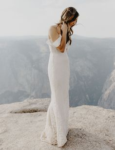 Tendance Robe du mariée Sarah Seven lace wedding dress in Yosemite Lace Wedding Dress, Stunning Wedding Dresses, Perfect Wedding Dress, Wedding Dress Styles, Bridal Dresses, Sarah Seven Bridal, Yosemite Wedding, Princess Ball Gowns, Culture