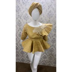 African Blouses, African Lace Dresses, African Fashion Dresses, Ankara Tops, Batik Dress, Yellow Lace, African Attire, Blouse Styles, Couture