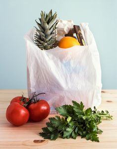 If you're not sure how to tackle grocery shopping, you need to read this. #weightlosstipsforwomen