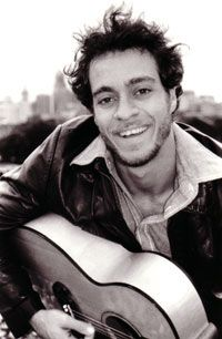...see this beautiful man with a beautiful voice (Amos Lee) in concert!