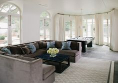 Family room by Veltman Wood Interiors