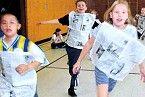 Aufwärmen im Sportunterricht - Aufwärmspiele - Spielerisches Aufwärmen                                                                                                                                                                                 Mehr