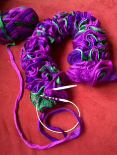 living, quilting and stuff: More knitting projects: frilly knitted scarves