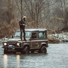 Forgot your waders? No worries if ya got a Land Rover ;P