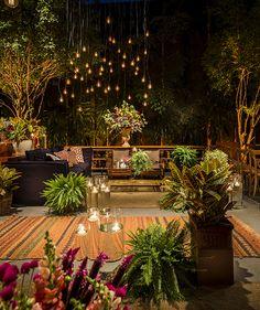 50 Top Backyard Garden Remodel Design - Home/Decor/Diy/Design Amazing Gardens, Beautiful Gardens, Deco Floral, Farm Gardens, Backyard Landscaping, Backyard Ideas, Garden Ideas, Garden Furniture, Garden Inspiration